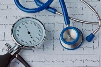 Гипертония сопровождается повышением давления